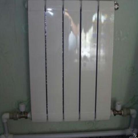 Однотрубная схема с нижним подключением (автономное отопление).