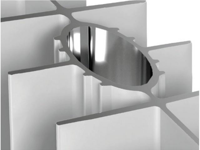 Вертикальный канал овального сечения алюминиевого радиатора отопления.